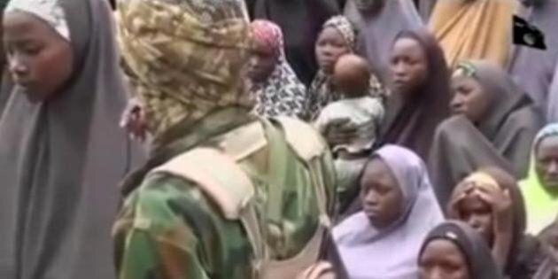 Liberate 21 ragazze rapite da Boko Haram, molte hanno dei bimbi. Rilasciati 4 militanti in cambio delle