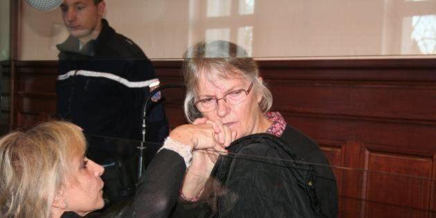 Jacqueline Sauvage graziata da Francois Hollande. La donna condannata per l'omicidio del marito violento...