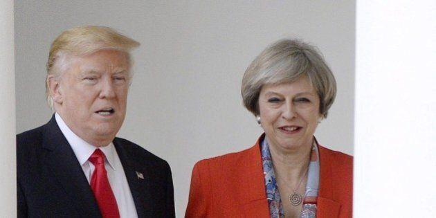 Downing Street boccia la petizione e conferma la visita di Stato di Trump in Gb. Il governo britannico:...