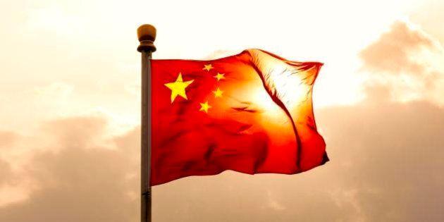 Berlino-Roma-Parigi a Ue: scudo a shopping cinese su settore
