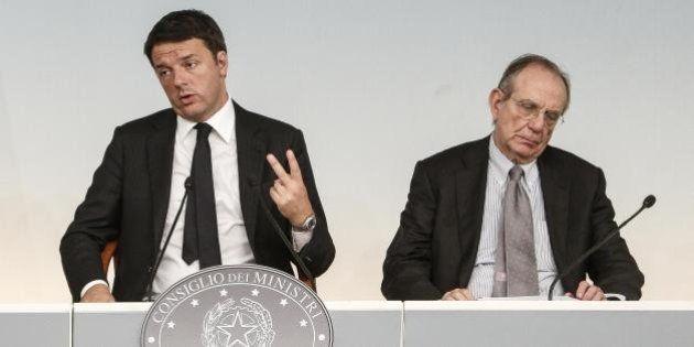 Manovra, la linea di Matteo Renzi non passa al Tesoro. Per ora nessuna soluzione alternativa all'aumento...