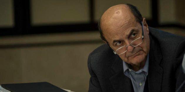 Scissione Pd, lavori in corso. Il pranzo di Bersani coi suoi, le telefonate dalle federazioni: