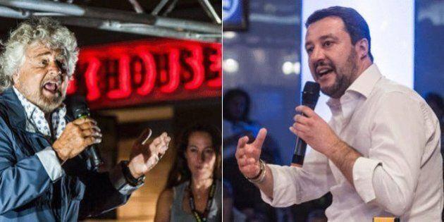 Matteo Salvini e Beppe Grillo contro i soldati italiani al confine con la