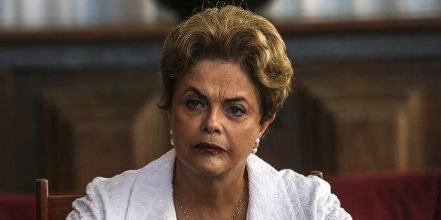 Brasile, il Senato dice sì all'impeachment per Dilma Rousseff: destituita da