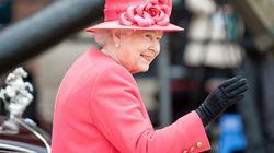 La Regina ti offre vitto, alloggio e 20mila euro: ecco le posizioni aperte a Buckingham