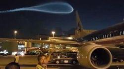 La misteriosa scia blu nel cielo di Miami fa pensare a un ufo. Ma c'è un'altra