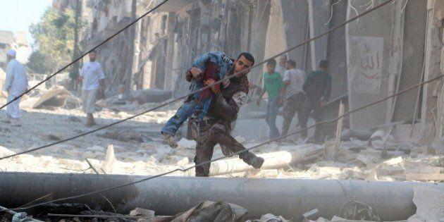 Siria, bombardamenti ad Aleppo su 7 ospedali da campo e la banca del sangue. Morto anche un neonato di...