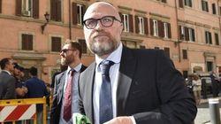 I sindaci M5S minacciano di uscire dall'Anci. Decaro apre alla commissione