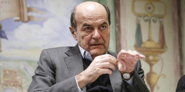Equitalia, Pier Luigi Bersani critico sullo stop agli interessi e alle sanzioni: