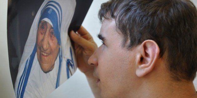 Madre Teresa di Calcutta e Ciprian: la storia di un incontro che ha salvato la vita di un