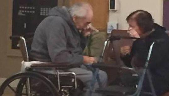 Separati dopo 62 anni , per le liste d'attesa del sistema sanitario: la nipote chiede