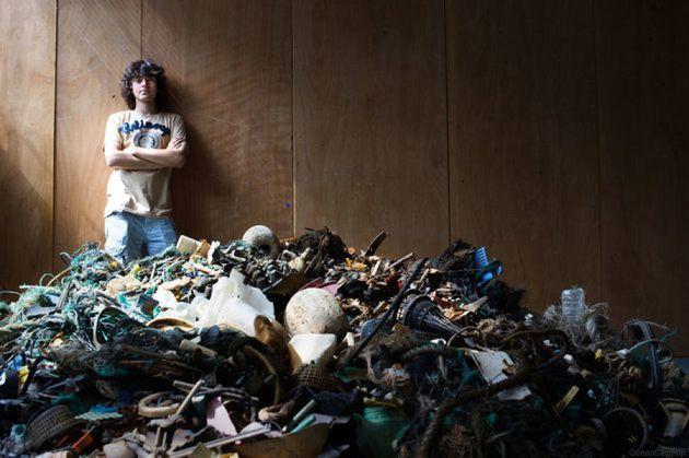 Ocean Cleanup, a 21 anni comincia a dirigere la più grande operazione di pulizia dalla plastica negli
