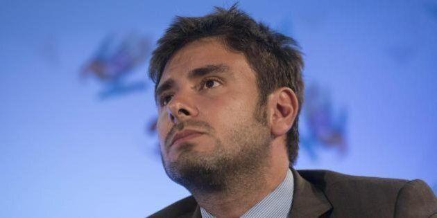 Maxi-stipendi Rai, Di Battista: