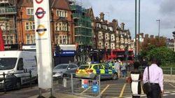 Paura a Londra per un'auto sospetta e un incendio: chiuse due stazioni della