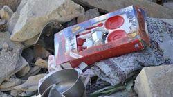 L'orrore degli sciacalli: si fingono volontari e rubano i giochi dei
