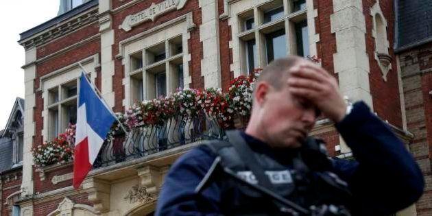 Attentato a Rouen, la condanna delle comunità islamiche francesi: