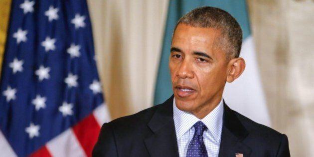 Barack Obama teme l'interferenza russa nelle elezioni Usa 2016. Assange minaccia altre rivelazioni sulle