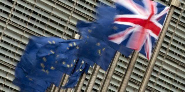 Brexit, mercati giù in tutta Europa. Schaeuble avverte il regno