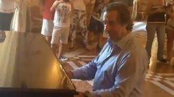 Il maestro Muti sorprende i turisti: suona Chopin al museo di