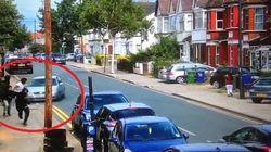 Babygang si fronteggiano col machete nelle strade di Londra. Un automobilista li
