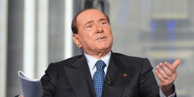 La visione strumentale della religione di Berlusconi che ora si affida a