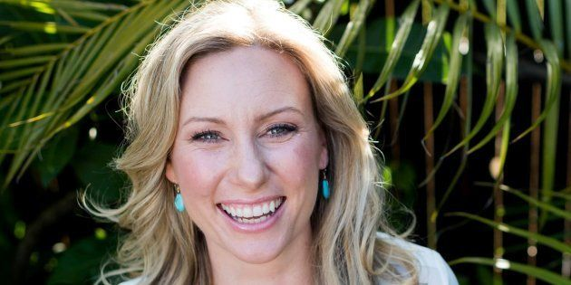 Justine Damond uccisa per sbaglio da un poliziotto, ma l'agente non si scusa: