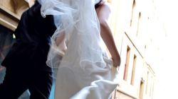 Scappa con testimone a una settimana dalle nozze e confessa: