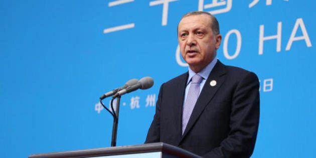 La partita di Erdogan e il silenzio dei