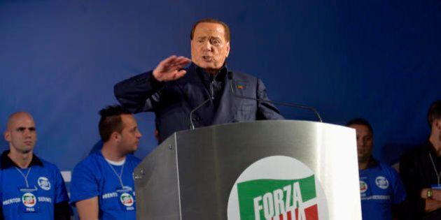 Forza Silvio: degli amici mi guardi Iddio che dai nemici mi guardo