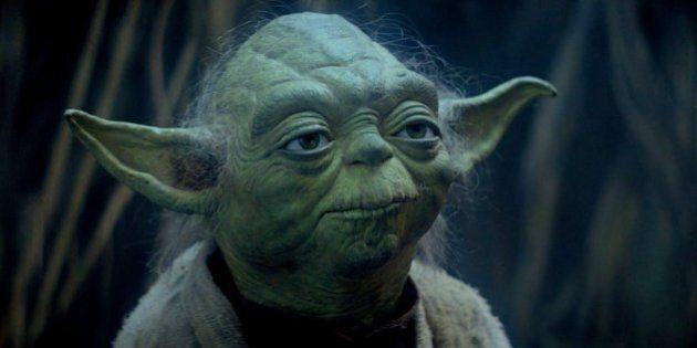 Da Yoda a Bandiera Rossa, operazione nostalgia sul palco della minoranza