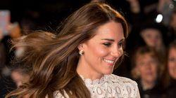 Kate Middleton pronta a scalzare la Regina Elisabetta? Secondo i