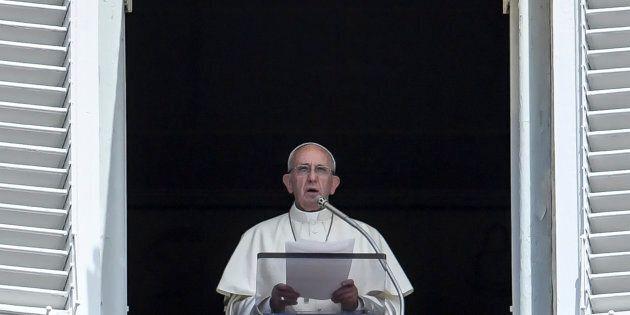L'accorato appello di Papa Francesco per fermare le violenze a