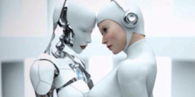 Gli esperti di robotica affermano che entro il 2050 gli umani non solo potranno fare sesso con i robot,...