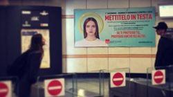 Un preservativo come aureola: la campagna contro l'Aids nella metro di