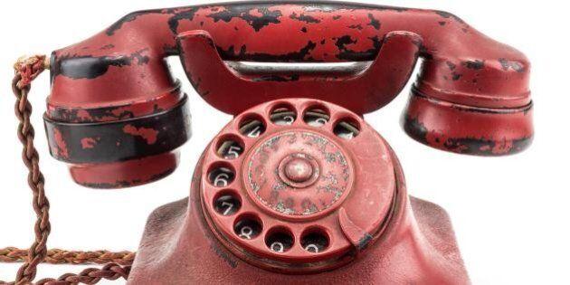 Telefono di Adolf Hitler venduto all'asta negli Usa per 243mila dollari: