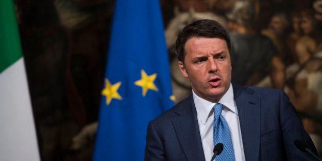 Matteo Renzi, sabato di comizi in Sicilia. Attacca Bruxelles:
