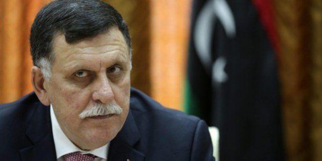 Libia, attentato a Tripoli contro il convoglio di Fayez Al Sarraj. Premier illeso, ferite due