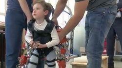Con questo esoscheletro i bambini che soffrono di atrofia muscolare potranno