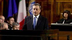 Draghi non si muove e bacchetta le banche: