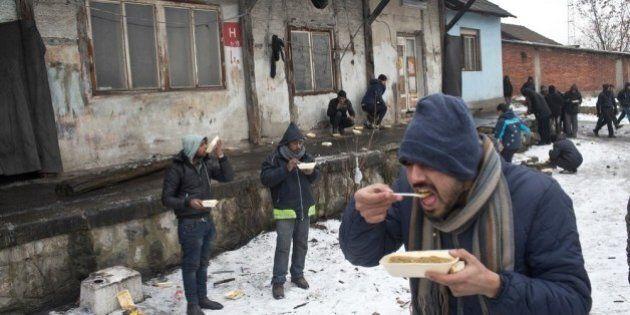 Migranti morti di freddo sui confini chiusi dei Balcani. L'eliminazione invisibile: gelo, marce forzate...
