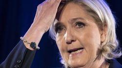 Marine Le Pen si rifiuta di indossare il velo e cancella l'incontro con il Gran Mufti del