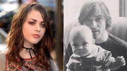 La figlia di Kurt Cobain rende omaggio al padre scomparso nel migliore dei