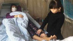 A 8 anni sta cercando di raggiungere i 30 kg di peso per donare il midollo a sua madre