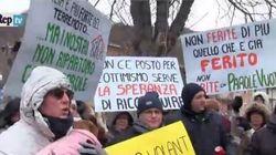 Terremoto, protesta ad Accumoli nonostante il gelo e la neve