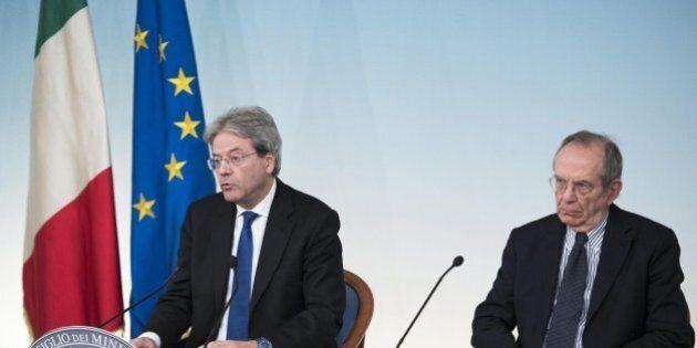 Commissione Ue invia lettera all'Italia, chiede correzione sui conti pubblici entro 1 febbraio. Servono...