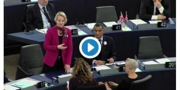 Helga Stevens si esprime col linguaggio dei segni: il discorso della candidata conservatrice alla presidenza...
