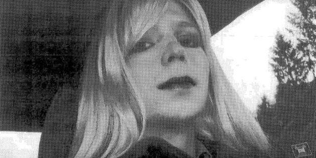 Barack Obama commuta la pena a Chelsea Manning, uscirà dal carcere il prossimo 17 maggio. Ma Assange...