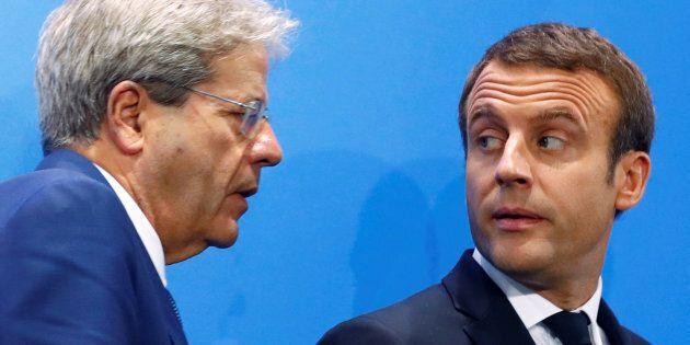 Emergenza migranti, Macron annuncia: