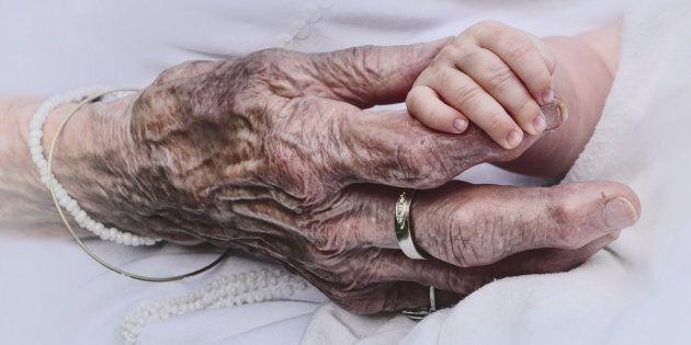 Il gesto della signora Elsa commuove l'Italia: muore e lascia in eredità 3,7 milioni di euro all'Ospedale...