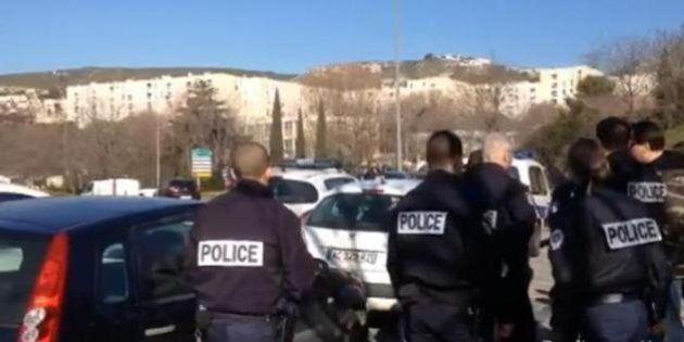 A Marsiglia ritrovata un'auto con due bombole a gas, ma a bordo non c'era nessuno